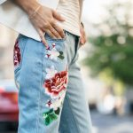geborduurde-jeans-najaarstrends